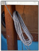 Photo 8, Neatly coil the rope